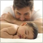 Уровень тестостерона падает с наступлением отцовства