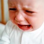 ребенок плачет, что делать